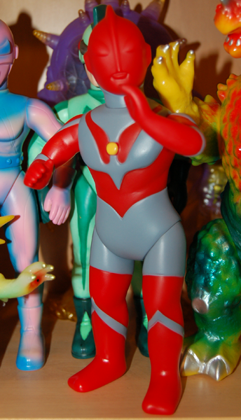 M1_Ultraman_Red