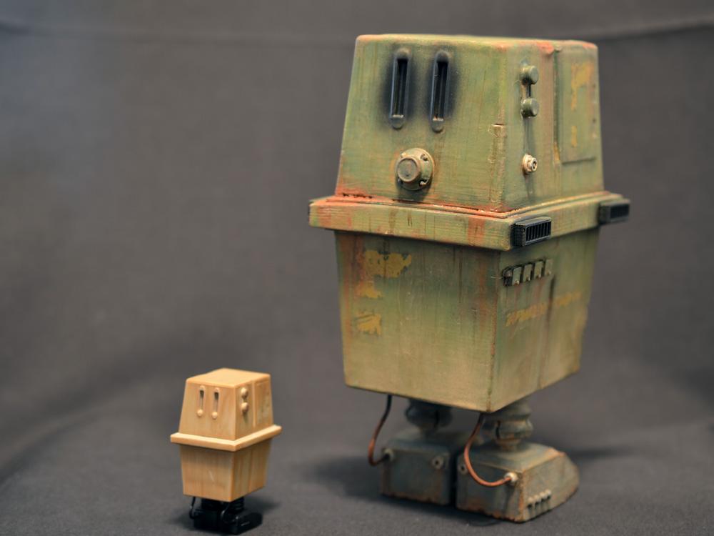 prhi-gonk-power-droid-03