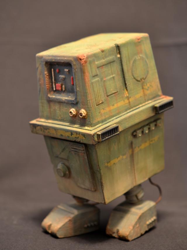 prhi-gonk-power-droid-10