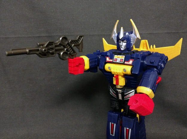 prhi-microgander-fists5-03